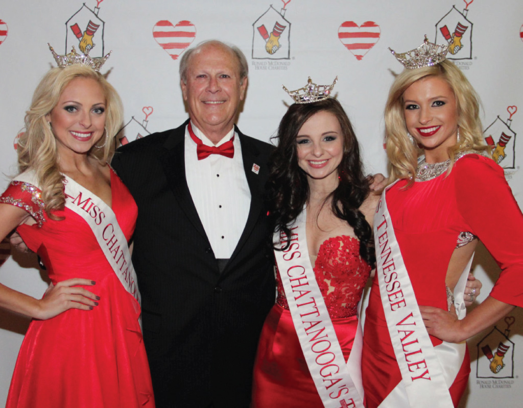 gala chairman with pageant winners